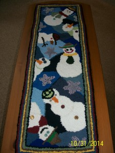 Hand-hooked rugs make truely EXCELLENT Christmas presents. Birthday and Mothers' Day gifts too. Get 'em custom made!